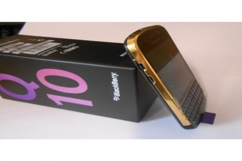 Xmas Promo: ARABIC BB Q10 / BB PORSCHE P9981 /ADD PIN : 28F89AFB