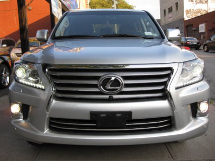 SELLING MY  Lexus LX 570 2013 Model FOR $30,000 DOLLARS