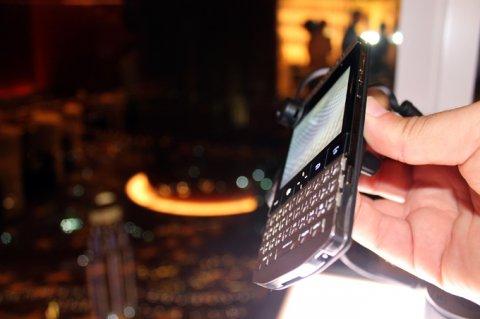 Brand New: Blackberry Porsche design,Blackberry Z10,Blackberry Q