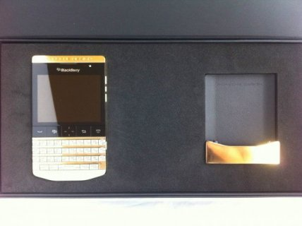 Blackberry Porsche 9981 ..