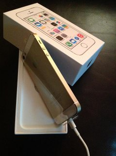 For Sale: Apple iPhone 5S GOLD