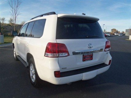 Used Land Cruiser 2011 Toyota / C300 4MATIC 2012 Mercedes-Benz