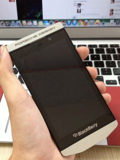 BlackBerry Porsche Design P'9982 BBM 26C1A6D6