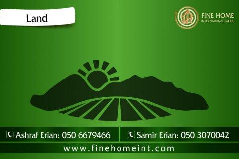 للبيع أرض سكنية في حي الشامخة_أبو ظبي – L_853