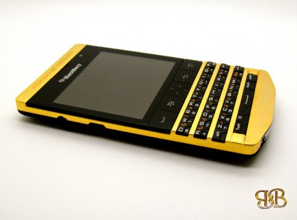 Blackberry Porsche Design P9981 Gold Vip Pin (BBM: 271E4824