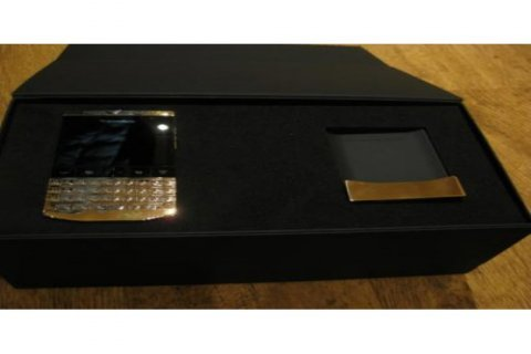 بلاك بيري بورش P9981 تصميم الذهب