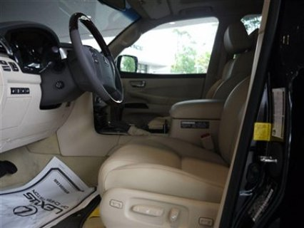 صور $My Neatly Used 2013 Lexus LX 570 3