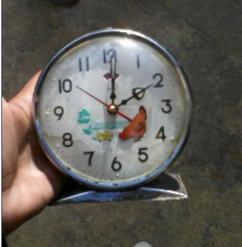 ساعة الدجاجة القديمة china shanghai
