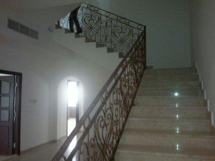 للايجار فيلا 7 غرف في المشرف (أبوظبي)