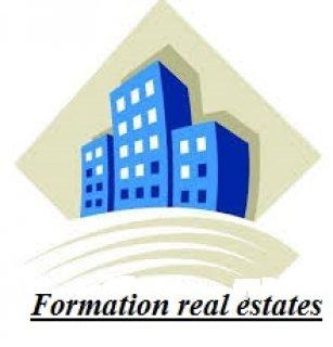 لبيع ارض مساحة 16 الف قدم بتصريح مجمع فلل بسعر600 درهم للقدم بمد
