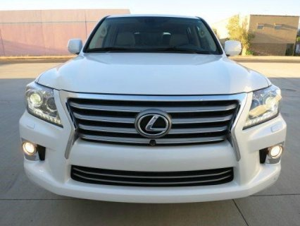 FOR SALE, MY 2013 LEXUS LX 570 SUV.