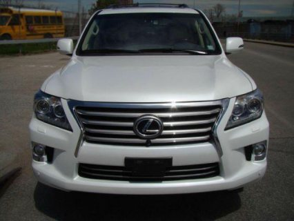 For Sale Lexus Lx570 2014 Model SUV (Gulf Spec) with full option