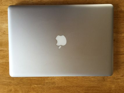 Apple MacBook Pro i7: Whatsapp: +15108764314