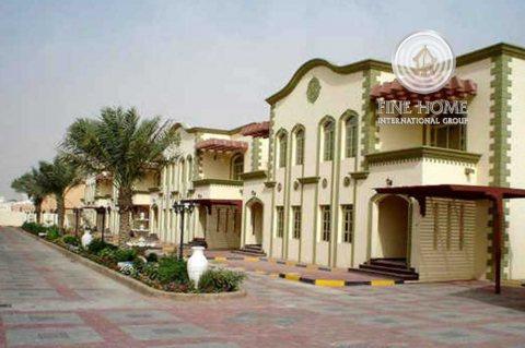 مجمع 7 فلل للبيع في المرور,أبوظبي