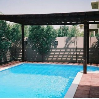 شركة تنفيذ مسابح -حمامات سباحة برك اسماك