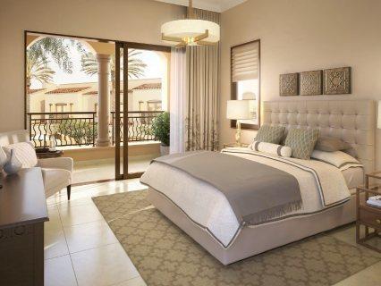 للبيع فيلا في دبي  3 غرف وبالتقسيط علي 10 سنوات
