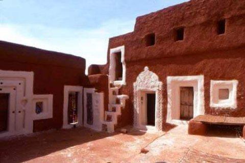 مورتاني مقيم في ابوظبي  ابحث عن زوجة متدينة