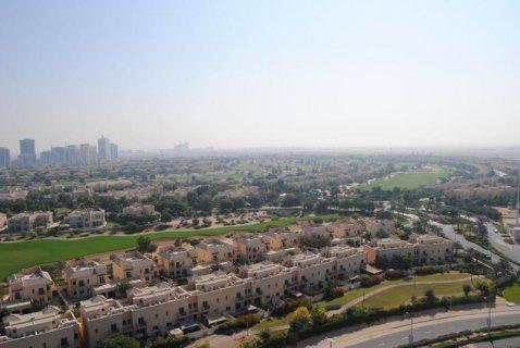 للبيع في دبي شقة غرفتين وصالة في دبي بمساحة كبيرة 1565 قدم وذلك بسعر رائع