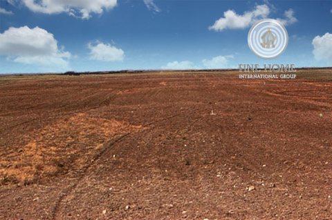 للبيع أرض تجارية علي زاويتين في منطقة محمد بن زايد ,ابوظبي