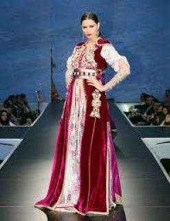شركة النخبة المغربية توفر خياطين وخياطات جنسية مغربية خبرة قفطان وعبايات