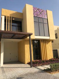 تملك فيلا 3 غرف علي الطراز الأوروبي بمنطقة المرابع العربية بسعر شقة