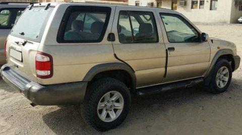 Nissan Pathfinder 1999 for sale / نيسان باثفندر 1999 للبيع
