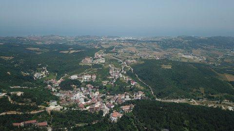 تملك الان بالمدينة الساحرة في تركيا علي البحر -- استلام فورى وبالتقسيط