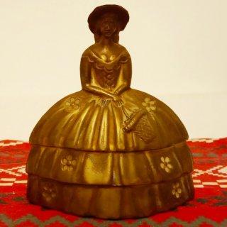 تمثل نجرس ملكة فيكتوريا  بريطانيا  نادر