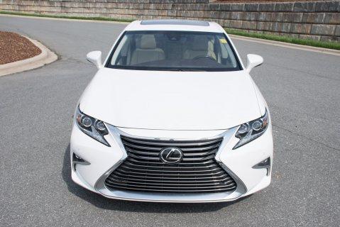 2016 Lexus ES 350 GCC in perfect condition