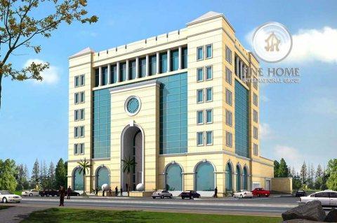 للبيع بنايه 5 طوابق  في مدينه زايد . ابوظبى