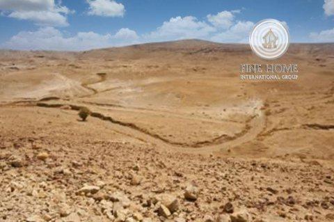 للبيع أرض سكنيه علي شارع عام  في منطقة الرحبة, أبوظبي