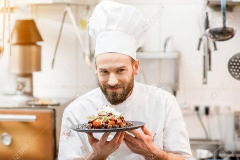 استقدام طباخين من المغرب خبرة كبيرة في المجال
