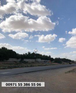 أرض تجارية على شارع رئيسي في عجمان من المطور محلات + 2 دورين