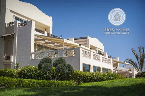 للبيع..فيلا 6 غرف على شارعين في مدينة شخبوط أبوظبي
