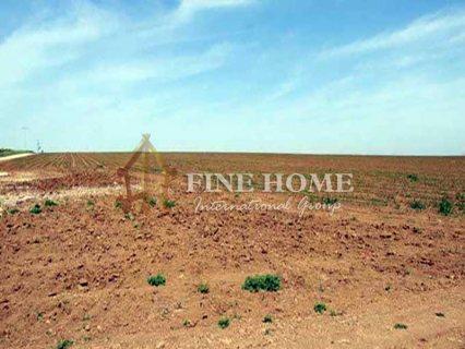 للبيع..أرض سكنية تقع على شارع رئيسي في مدينة خليفة أبوظبي