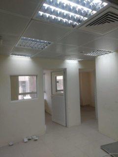 للايجار مكتب في محمد بن زايد مع partition