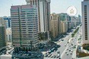 للبيع.. برج 17 طابق   تطل على شارعين   النادي السياحي أبوظبي