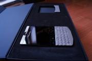 BlackBerry Porsche Design P9981 (ADD BBM: 26FC4748)
