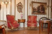 قطع فنية  وتحف نادرة