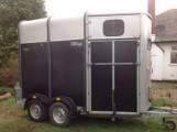عربة نقل خيول انكليزي الصنع