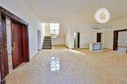 للبيع فيلا 4 غرف فخمه في جنوب الشامخة . أبوظبي