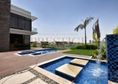 فلل جاهزة للسكن في دبي علي الجولف مباشرةخلف مول الامارات تقسيط36شهر