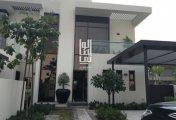 فيلا 3 غرف بسعر شقة في دبي بمليون درهم تقسيط علي الجولف والبحيرات الصناعية